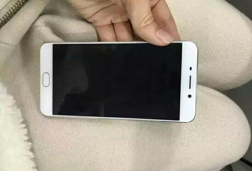 华硕  ZenFone Zoom (ZX551ML)手机屏幕被锁怎么办?刷机工具官方下载