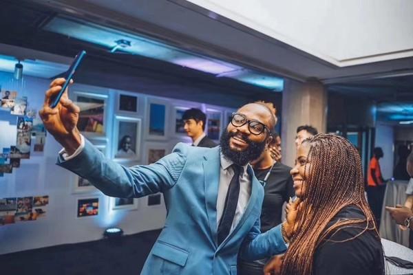 非洲之王 传音预计2019年全年净利润16.7亿-18.8亿元