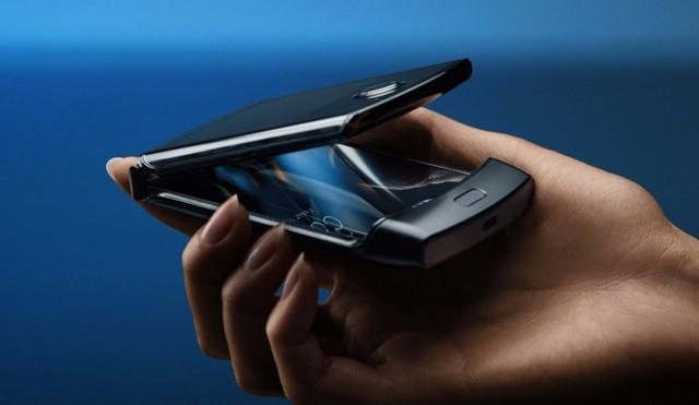 摩托罗拉发布手机,摩托罗拉Razr宣布重生