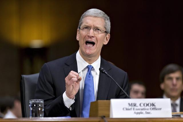 苹果AR头显明年上市 库克:会像智能手机那样受欢迎