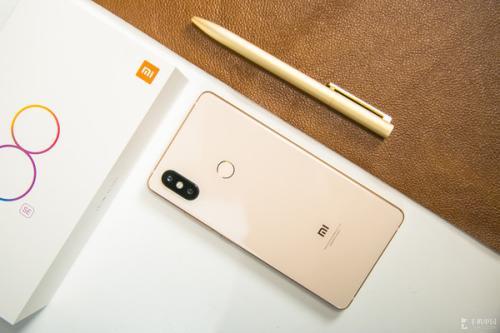 小米8SE手机开不了机,能不能root刷机解决?