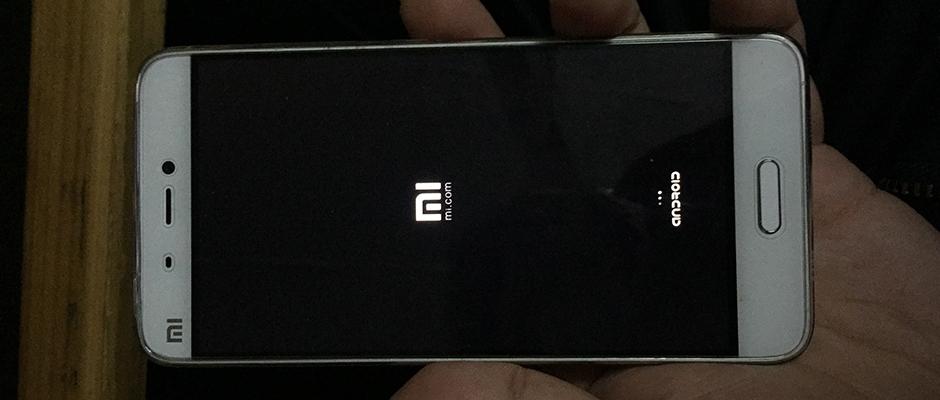 手机坏了,你是修一修还是直接买新的?